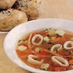 Суп с кальмарами и расстегаи с рыбой